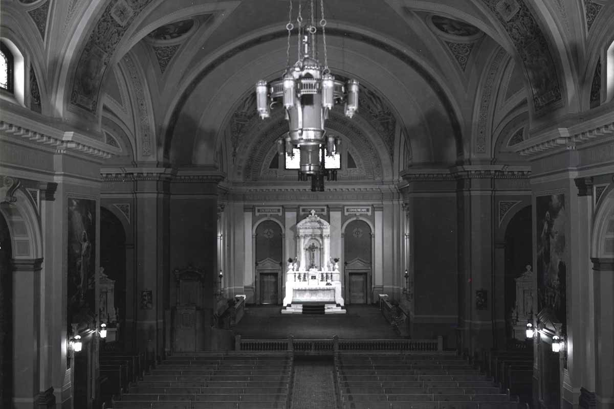 View of the Interior of the Chapel of St. Thomas Aquinas on the grounds of the College of St. Thomas, 1945.