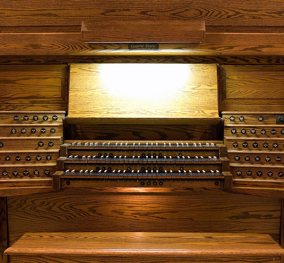 Gabriel Kney organ at St. Thomas